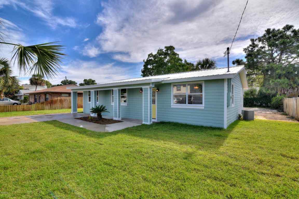 3810 Long John Panama City Beach, FL 32408